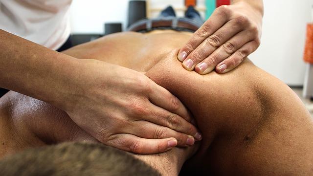 肩の筋操作